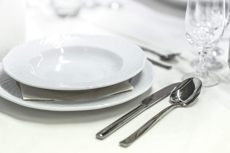 Canva - Wedding Table Setting